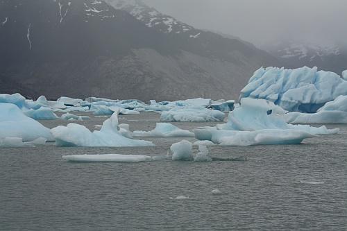 Da hindurch geht's zum Gletscher!