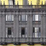 Historischer Balkon am Plaza de Armas