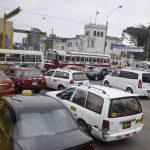 Ganz normale Verkehrssituation mitten in Lima