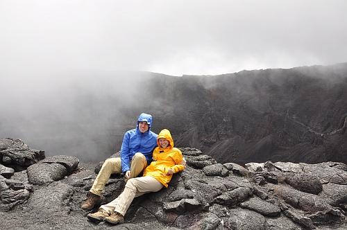 Am Krater des Fournaise angekommen