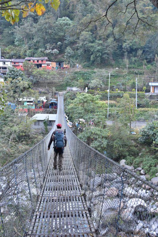 Hängebrücke in Bhulbule