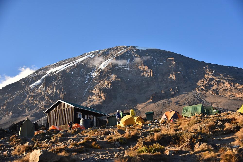 Karanga Camp in der Abendsonne